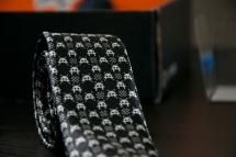 LootCrate Giveaway - Retro Arcade Skinny tie   HOOKD.in